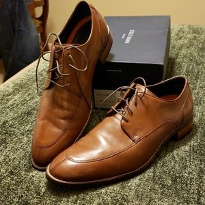 Like new Cole Haan dress shoes